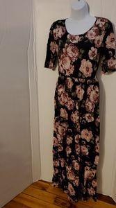3/4 sleeve floral maxi dress